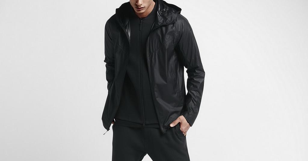 Jacheta NikeLab Transform are un design 2-in-1 ingenios