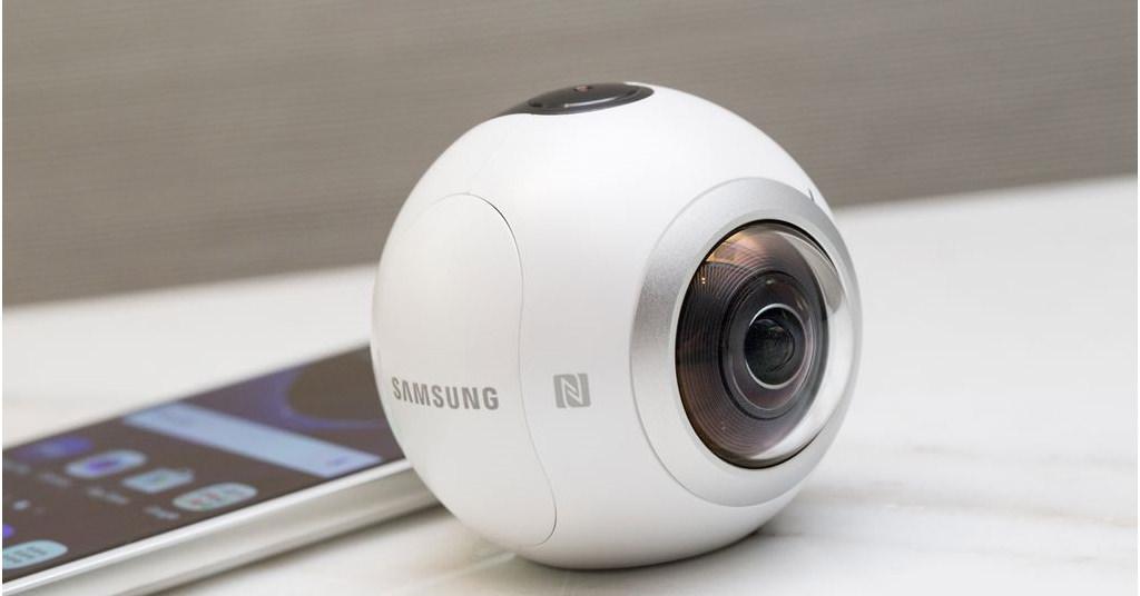 Samsung Gear 360 VR – poze si filme la 360°