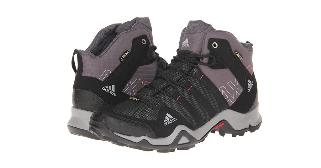Ghetele Adidas AX2 Mid GTX te pregatesc de mersul pe munte