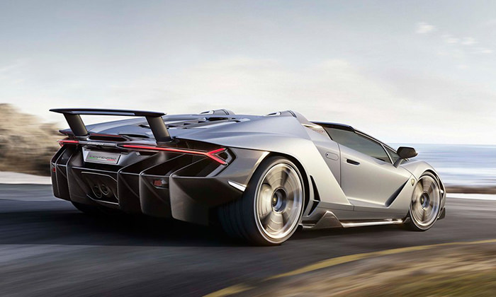 Lamborghini Centenario Roadster spate