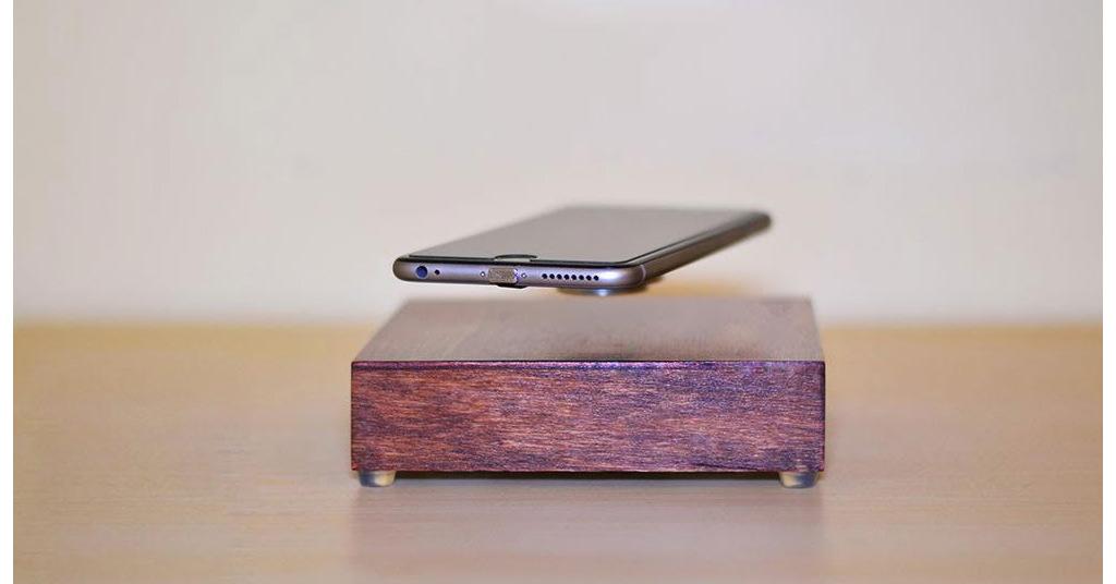 OvRcharge pune tehnologia de levitare intr-un incarcator de telefon