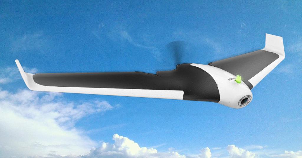 Drona Parrot Disco FPV iti ofera experienta pilotarii unui avion