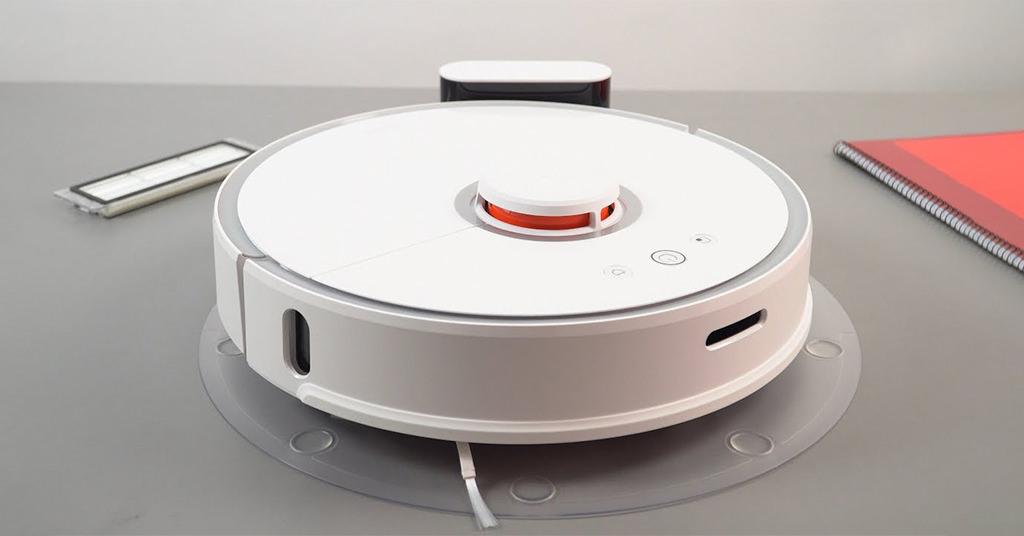 Roborock 2 – robotul de aspirare care-ți va face viața mai ușoară
